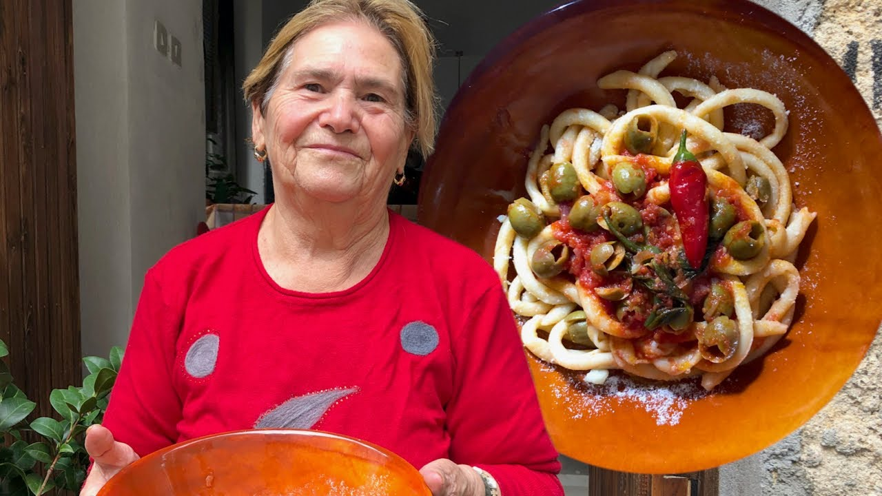 Discover Teresa's green olive with chilli maccheroni! | Pasta Grannies