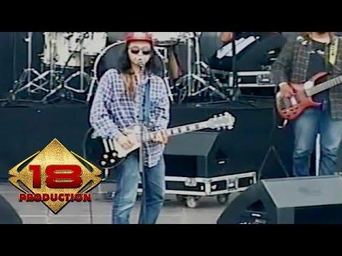Wacacaw - Hujan Dan Kopi (Live Konser Bandung 22 November 2015)