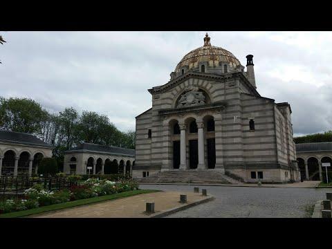 Pere Lachaise Mezarlığı - Pére Lachaise Cemetery Paris France