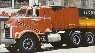 Watch Red Simpson Truck Drivers Blues video