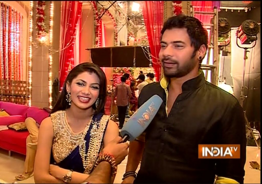 Kumkum Bhagya: Suspense Behind Pragya Talking to a Doll