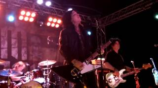 "Tom Keifer - ""Bad Seamstress Blues/Falling Apart At The Seams"""