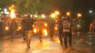 Batalla de bolas de fuego en el Salvador