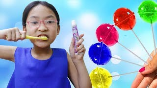 Learn Colors with Fingers Family Kid Song Colorful Toothbrush Cute Kid and Gombal Candy