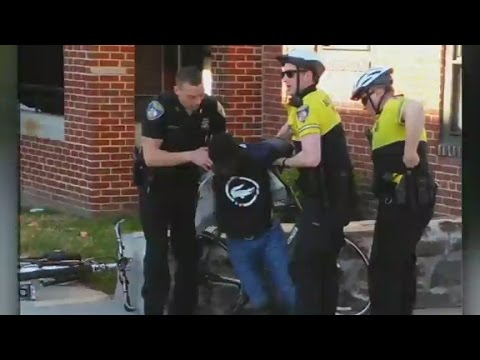 New video shows arrest of Freddie Gray in Baltimore