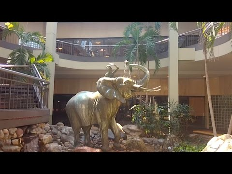 DEAD MALL SERIES : Best Fountain in the US : Burlington Center Mall NJ **CLOSED**