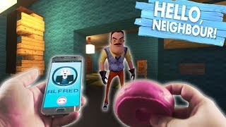 Realistic Minecraft Hello Neighbor! - Stealing the Neighbors food