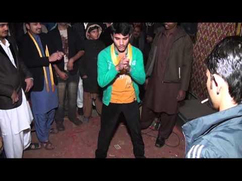 Pakistani Dance on Usman Mehandi (Ambra di...