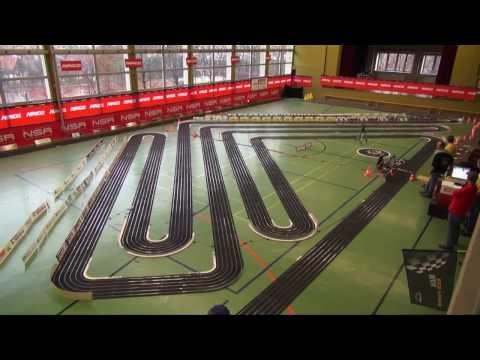 Größte 6-spurige NINCO Rennbahn der Welt in Ittersbach in der Wasenhalle am 29.12.2013