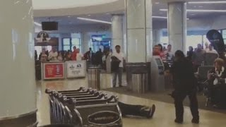 Suspect tasered, arrested at LAX Airport