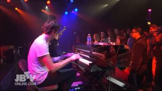 The Foals - Moon | Live @ JBTV