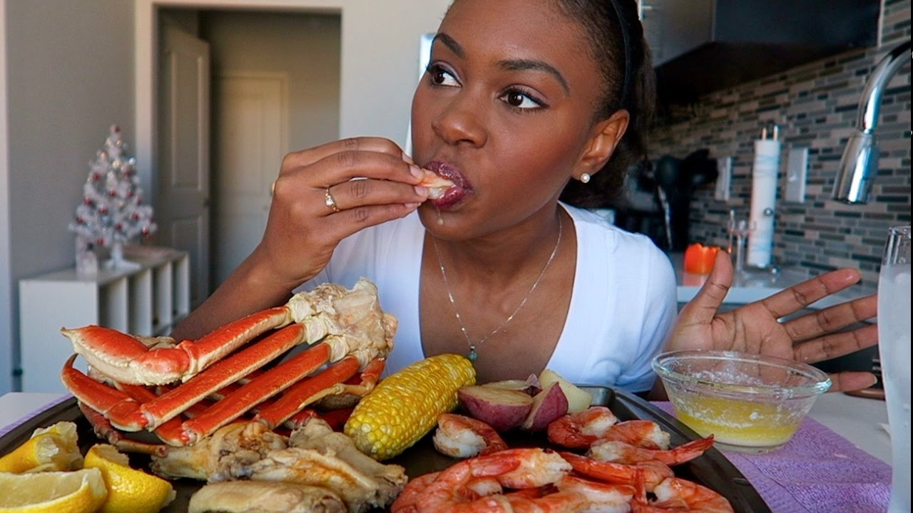 Crab Buffet Eat To Your Crab S Content: SEAFOOD BOIL MUKBANG (EATING SHOW)