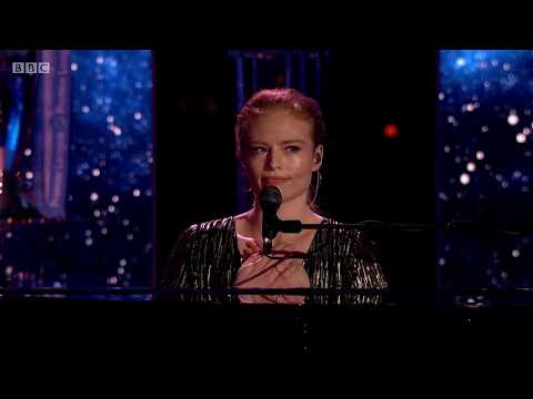 Freya Ridings - Lost Without You (Live At BBC Sports Personality Of The Year)