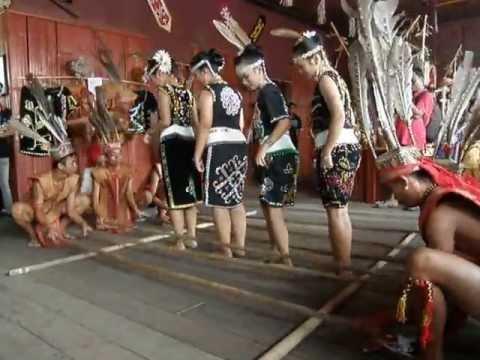 Murut traditional dance, Harvest Festival 2013, Sabah, Borneo, Malaysia