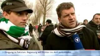 Inside hat zwei englische Fußballfans zu einem Heimspiel des FC St. Pauli begleitet.