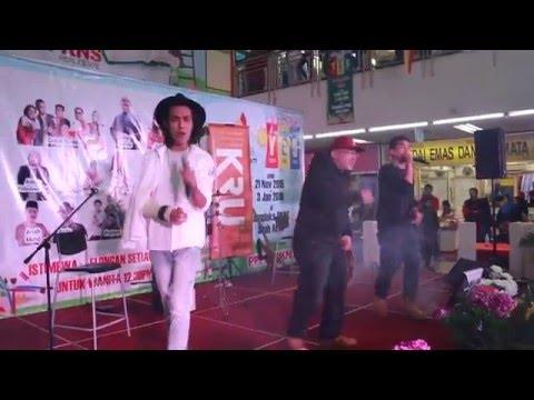 Hitam - Dualiti Ft. Ameerais LIVE di Kompleks PKNS Shah Alam