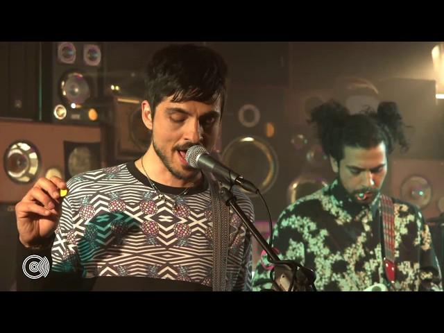 Colores Santos en Guanamor Studio (Live)