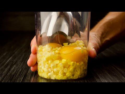 Поразительно! Просто взбиваю 2 яйца и кочан кукурузы... Это же додуматься надо!