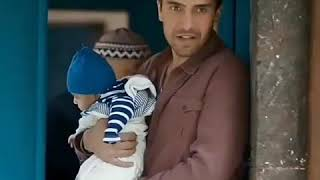 Сериал: Ты расскажи Чёрное Офф, я уже жду когда он своего ребёнка так будет держать на руках 😻🙏 .