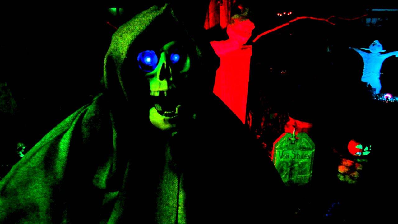 My Animated Skeleton (Vincent Price Narration) Halloween 2012