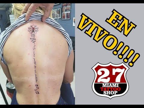 Tatuaje en la columna