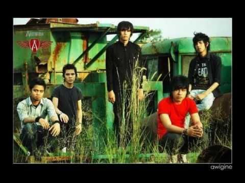 Armada Band_-_Apa Kabar Sayang.wmv
