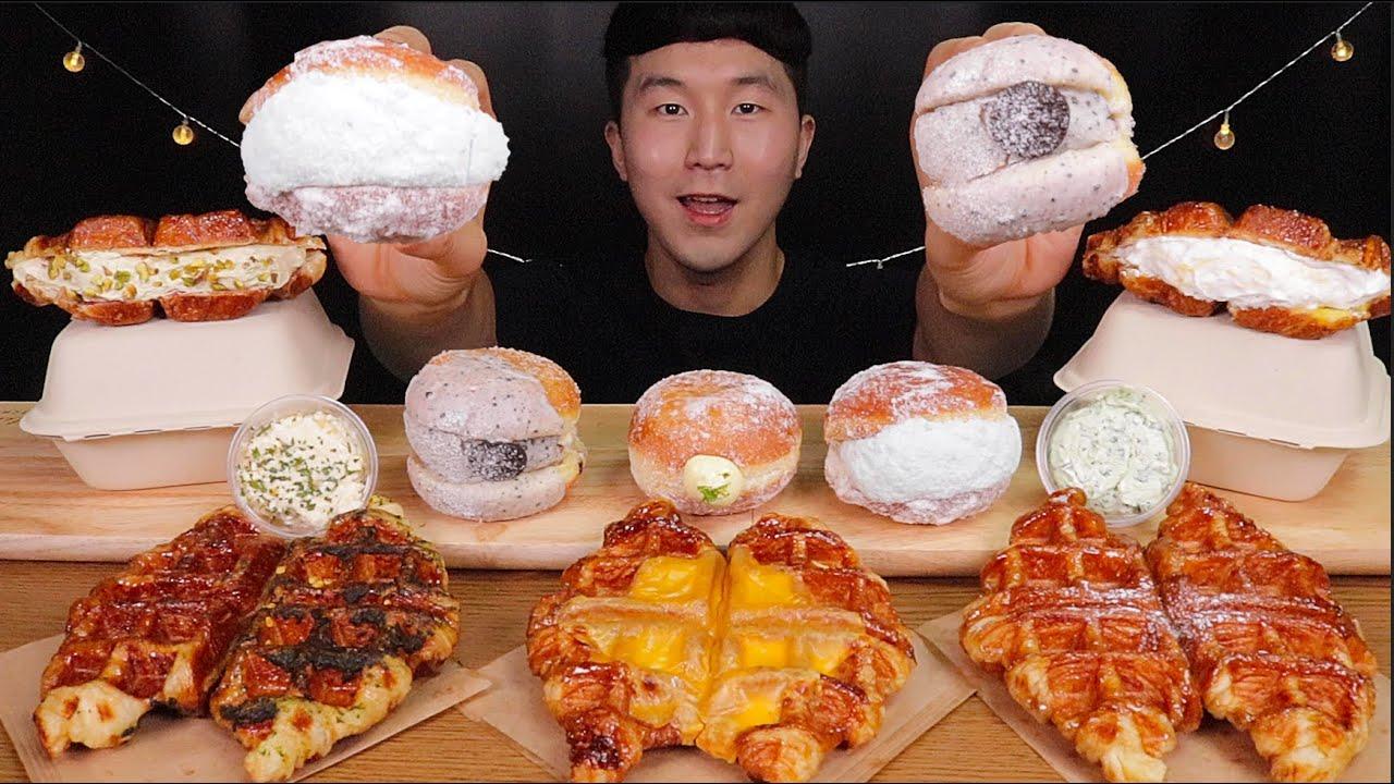 [SUB]🍩노티드 크림도넛, 새들러 하우스 🧇와플 세트& 🧀크림치즈 먹방(Cream donut, waffle set & corn, basil cream cheese,)MUKBANG