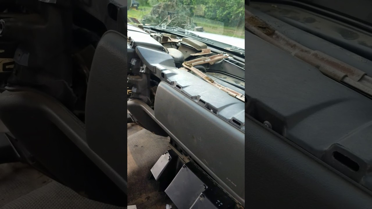 2004 silverado passenger blend door actuator - YouTube
