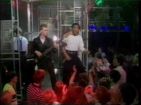 Jo Boxers 'Just got lucky' Top of the Pops.