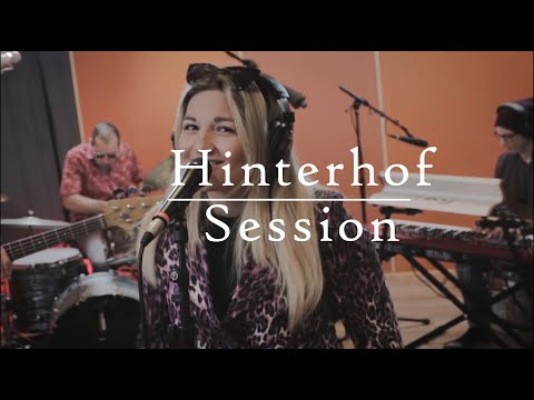 Mel Vee As Long As You Re There Hinterhof Sessions Youtube