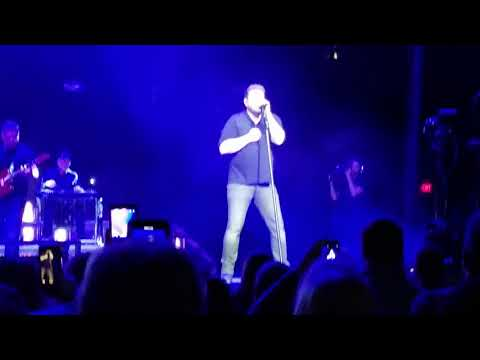 Chris Young, opening song
