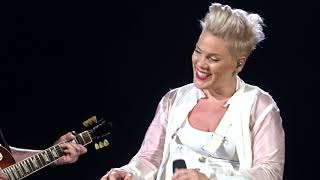 Pink - Walk Me Home - LIVE in Frankfurt 22.07.2019 Video