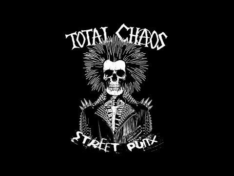 TOTAL CHAOS - Live at Django Bar (France)