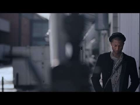 Making-of CHANEL's GABRIELLE bag campaign film with Pharrell Williams