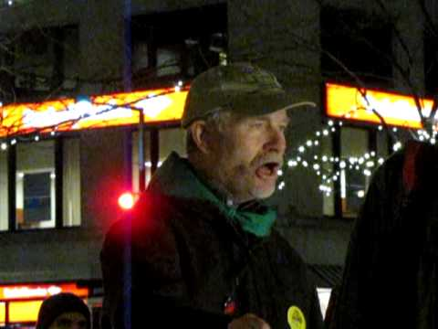 Jim Goodman, Wisconsin Dairy Farmer, at the Farmers March (12/04/2011)