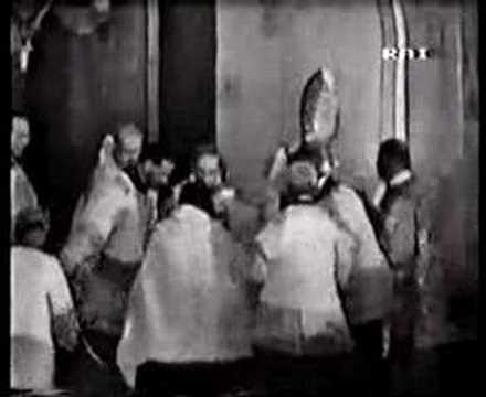 Papal Coronation 16 -Offertory 1