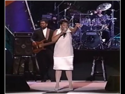 Andrew Gouche bass w/ Gladys Knight live 1995