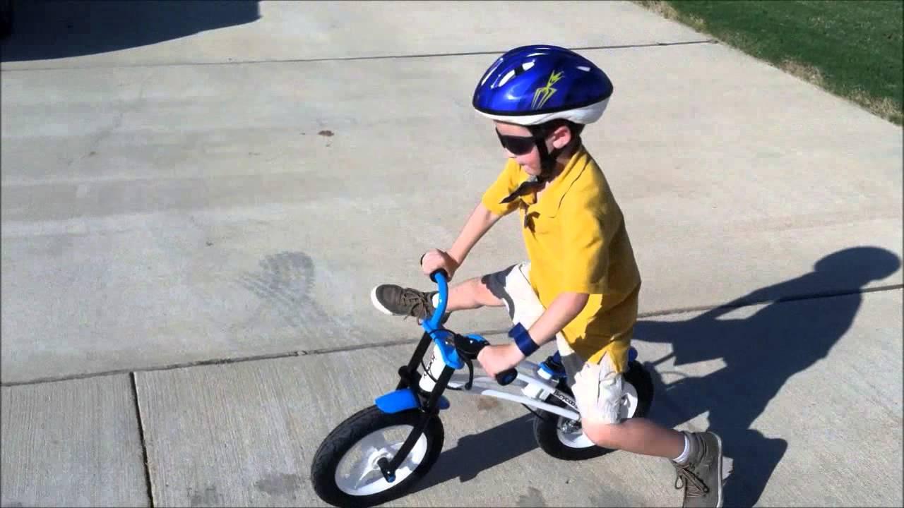 Joovy Bicycoo Balance Bike Youtube
