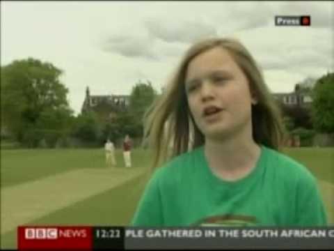 Ebony Jewel Rainford Brent Introduces Rebecca Barry Of Bbc News To Womens Cricket