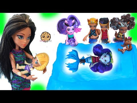 Brother + Sister + Baby Monster High Family Dolls + Slurping Slime Toys