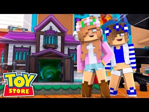 LEAVING THE TOYSTORE FOR A NEW HOME?! w/Little Kelly (Minecraft Toystore).