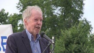 Mahnwache für Frieden - Prof. Dr. Dr. Wolfgang Berger - Karlsruhe 23.06.2014