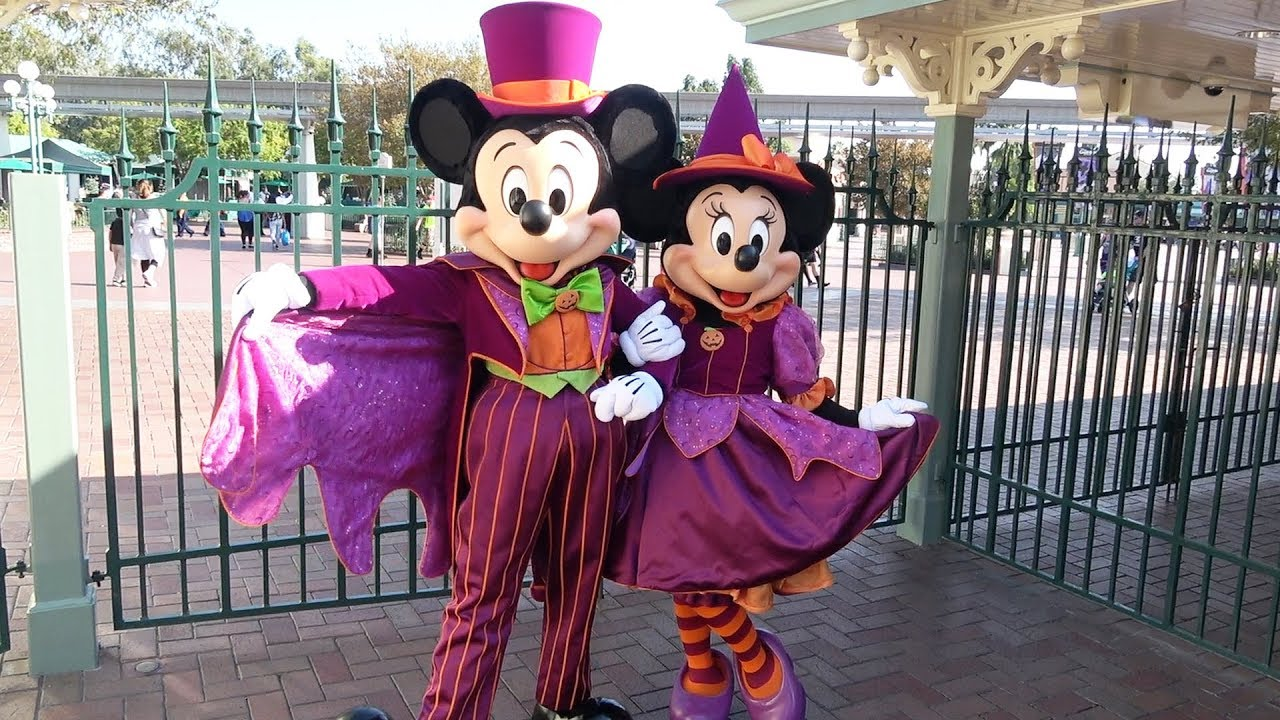 mickey minnie in rare joint halloween meet greet at disneyland in costumes for halloweentime