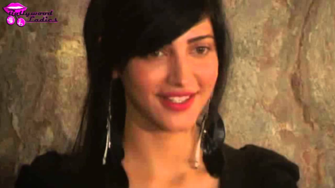 Shruti Hassan at a screening of the film 'D-Day' - YouTube