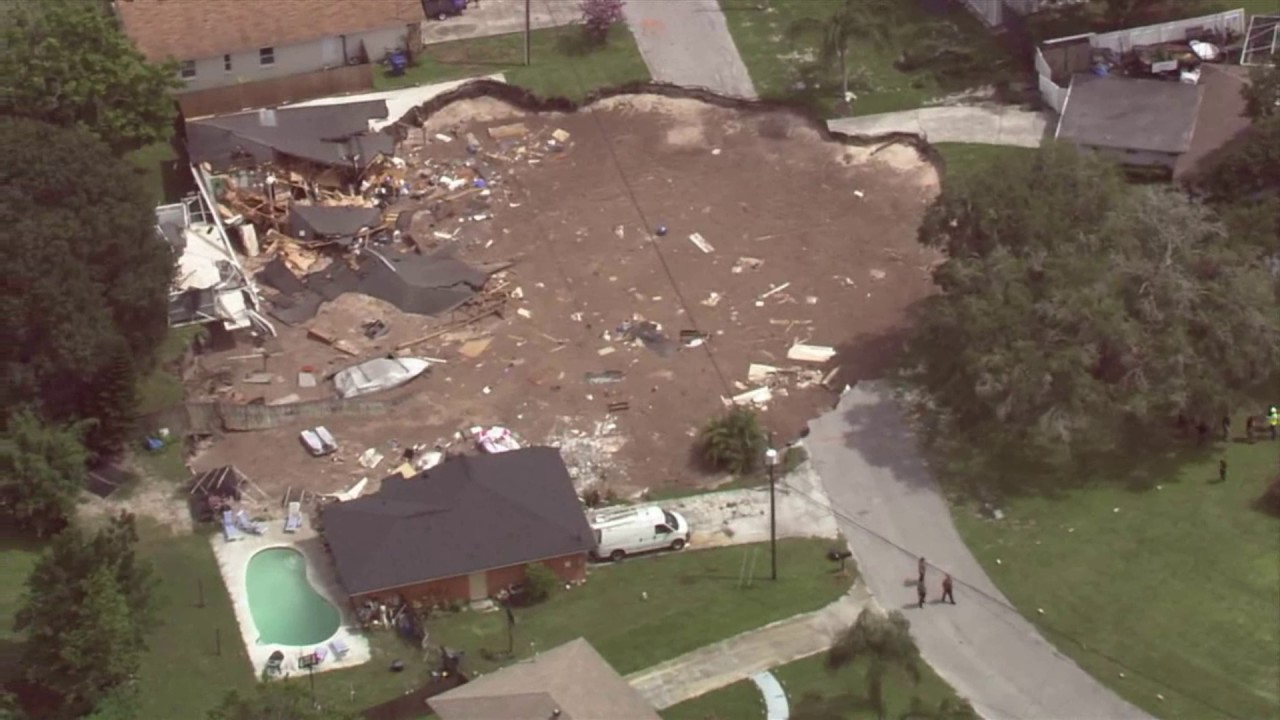 aerial-view-of-massive-pasco-co-sinkhole