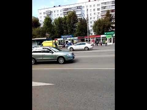 Челябинск авария на Комсомольском проспекте 22.07.18.