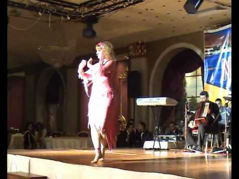 Anna Performing In Cairo PussyCat Belly Dancing