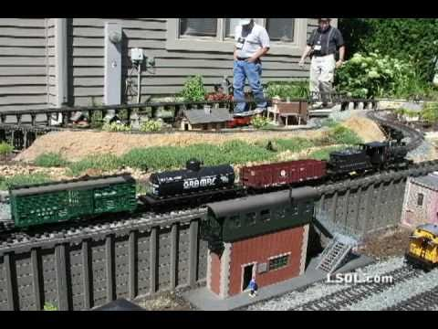Garden Trains: Building Mountains on the Alpine Valley Railroad
