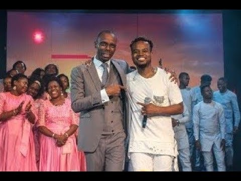 Download Travis Greene in The Way-Maker by Rev. Igho & The GF Choir (OFFICIAL VIDEO)