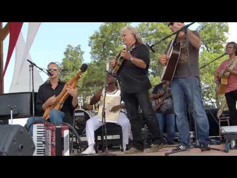 Bruce Hornsby and Ricky Scaggs - Valley Road (Floyd Fest 2012)